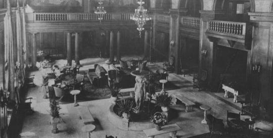 The Hotel Fort Des Moines lobby in 1919.