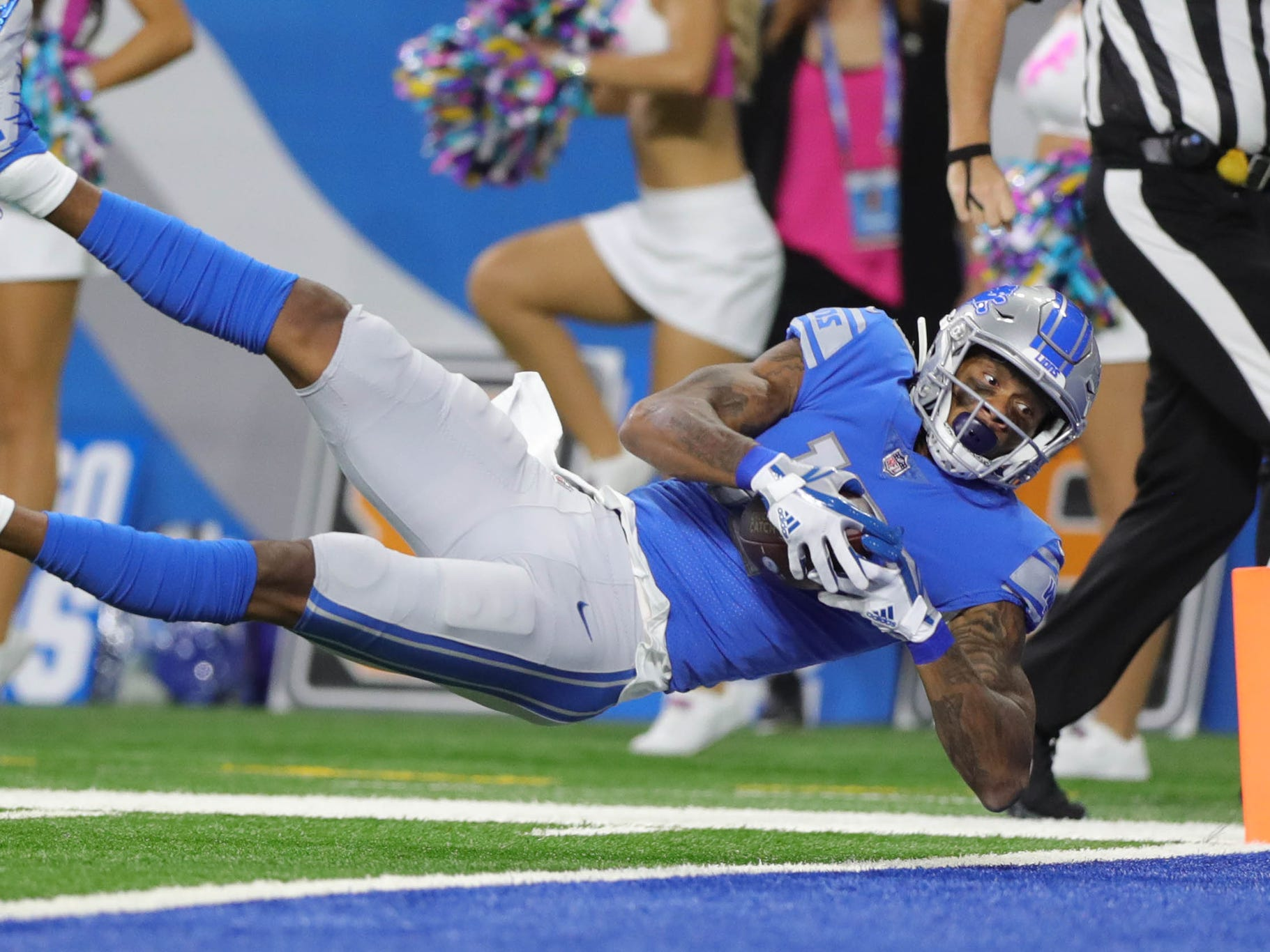 Lions wide receiver Kenny Golladay makes a catch that was called back during the first half of the Lions' 31-23 win on Sunday, Oct. 7, 2018, at Ford Field.