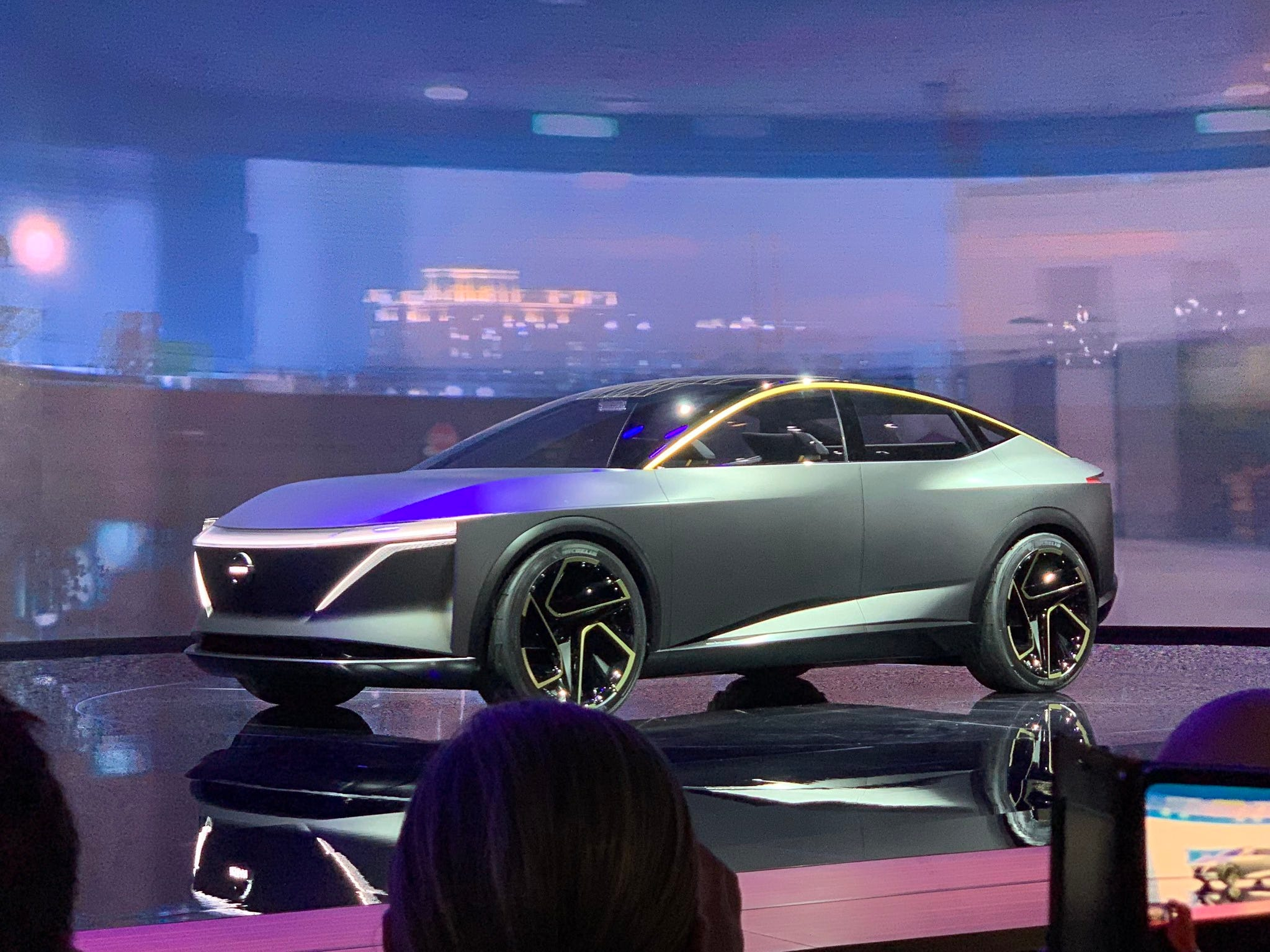 Detroit auto show: Nissan's concept is a new type of electric car