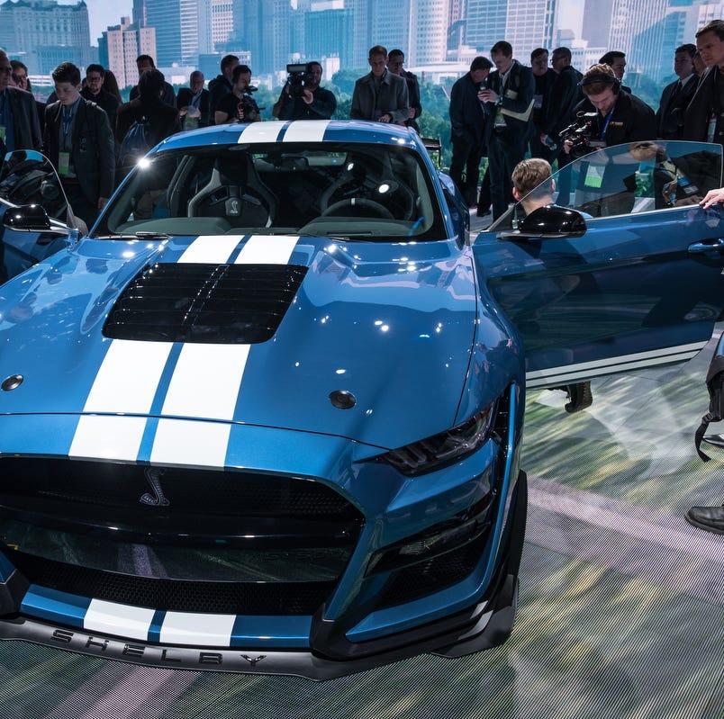 Auto show musts: Muscular Mustang; Cadillac, Kia SUVs; Mahindra Roxor