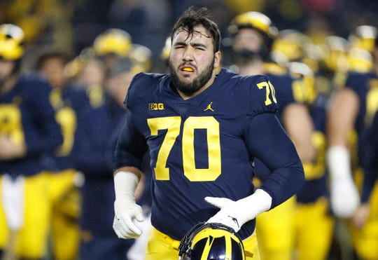 Michigan offensive lineman Nolan Ulizio on Nov. 4, 2017.