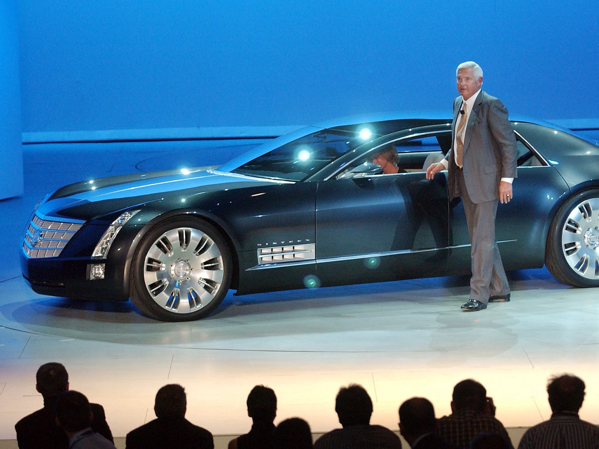 General Motors' Vice Chairman Bob Lutz reveals the Cadillac Sixteen concept vehicle at its gala unveiling at the Detroit Opera House in Detroit Sunday, January 5, 2003 as part of the North American Auto Show.
