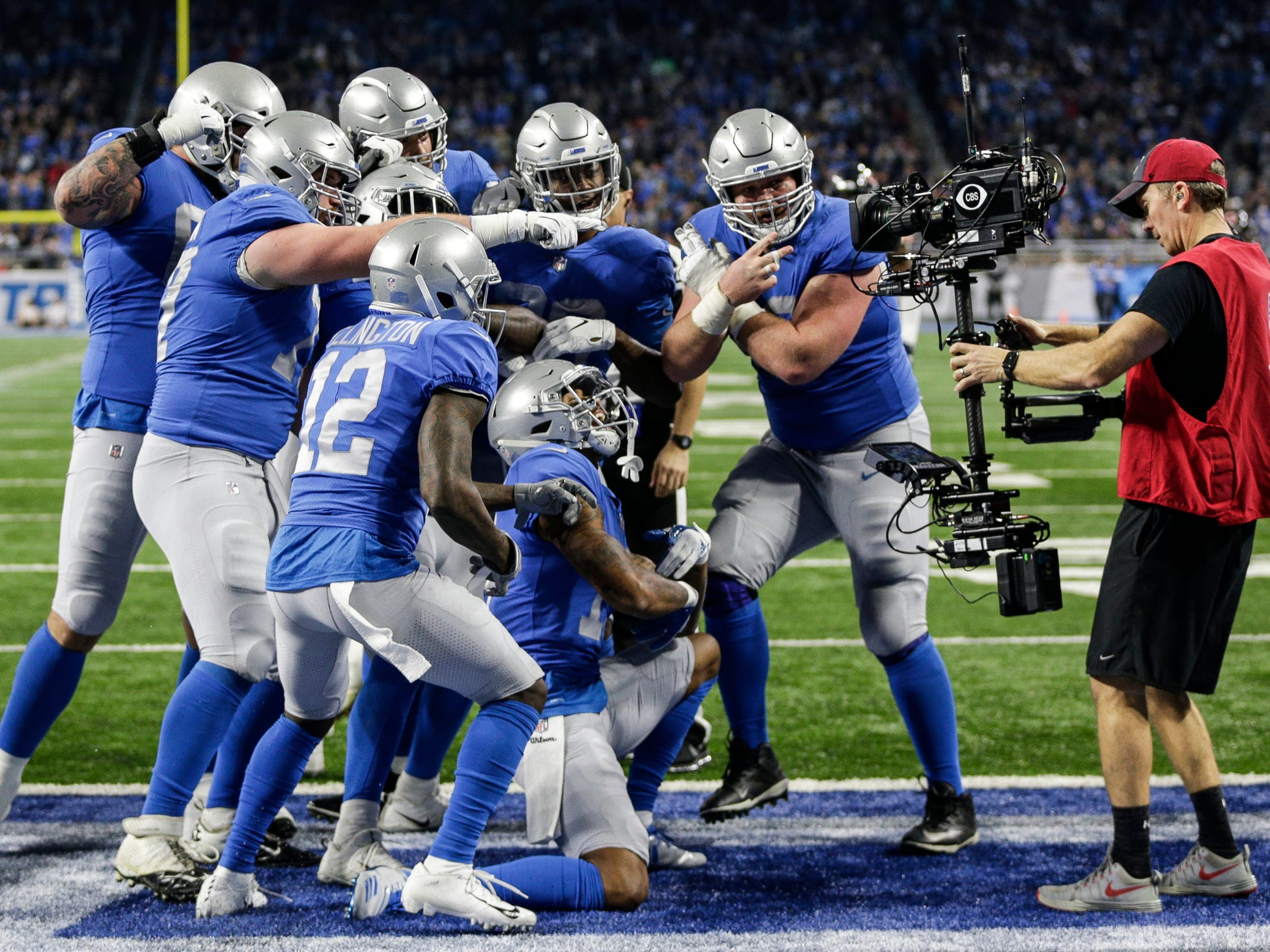 Lions celebrates running back LeGarrette Blount's touchdown during the second half of the 23-16 loss to the Bears on Thursday, Nov. 22, 2018, at Ford Field