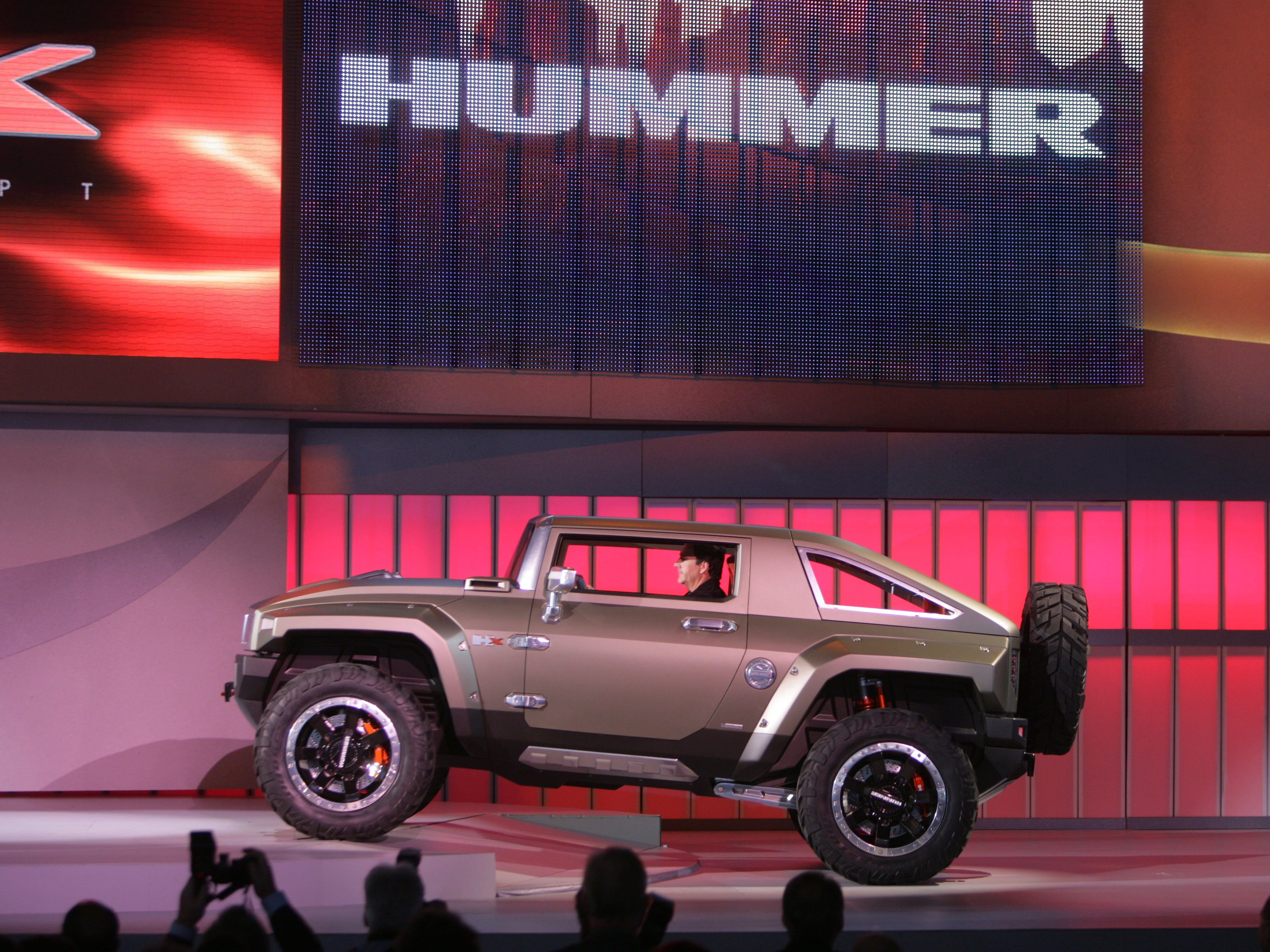 GM introduced the new Hummer HX concept at the North American International Auto Show, Sunday, January 13, 2008 at Cobo Hall in Detroit.