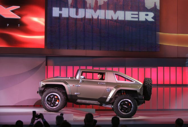 GM introduced the Hummer HX concept at the North American International Auto Show on Jan. 13, 2008, at Cobo Hall in Detroit.