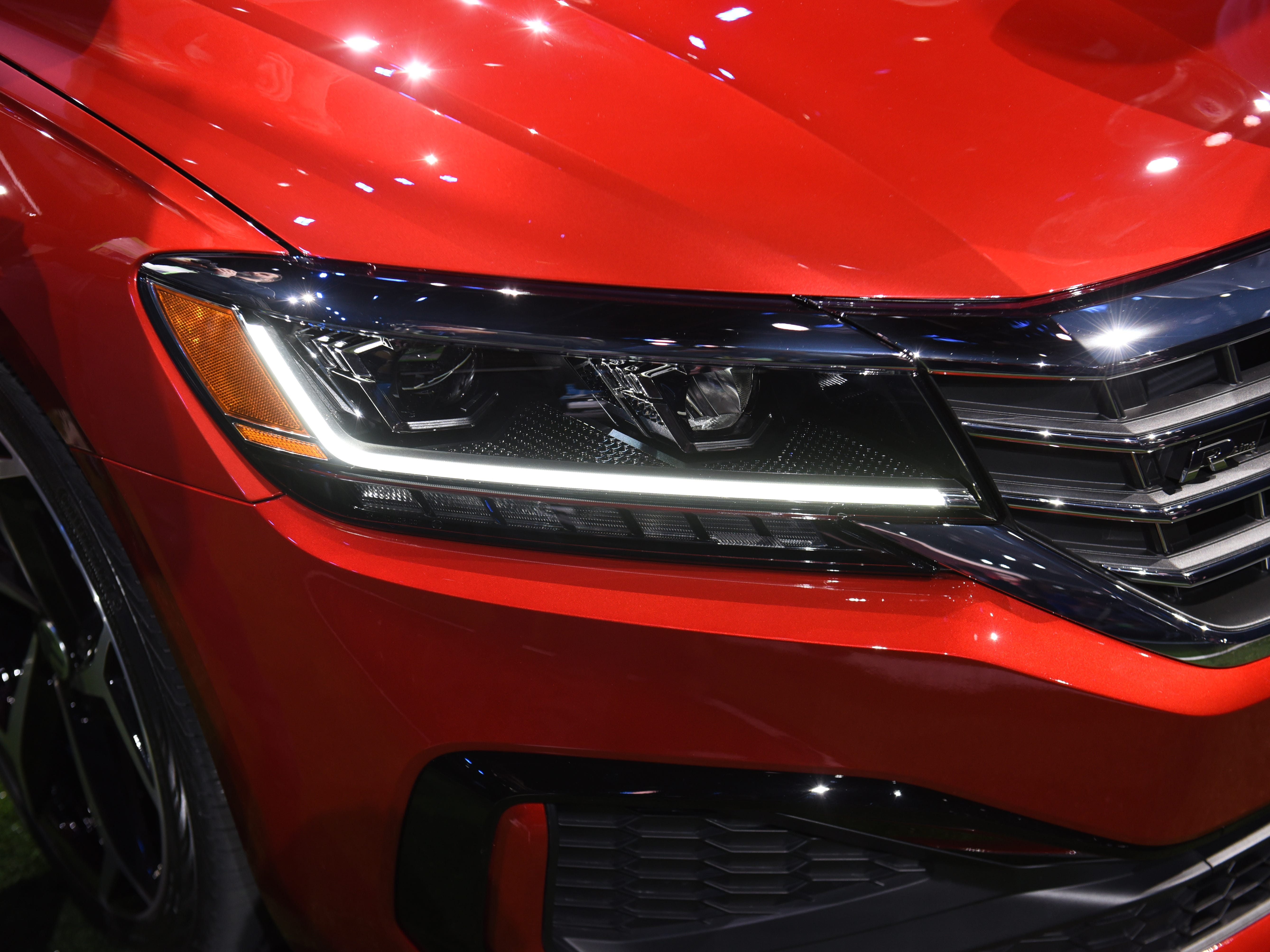 Slim LED headlight and taillights are standards.