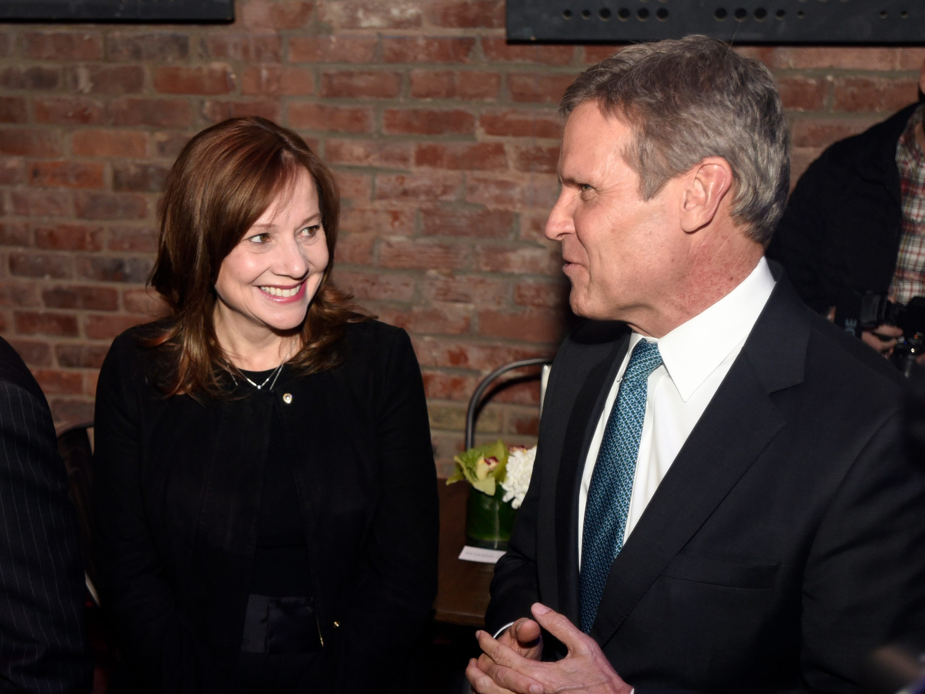 Tennessee Gov.-Elect Bill Lee chats with General Motors CEO Mary Barra before the unveiling of the 2020 Cadillac XT6.