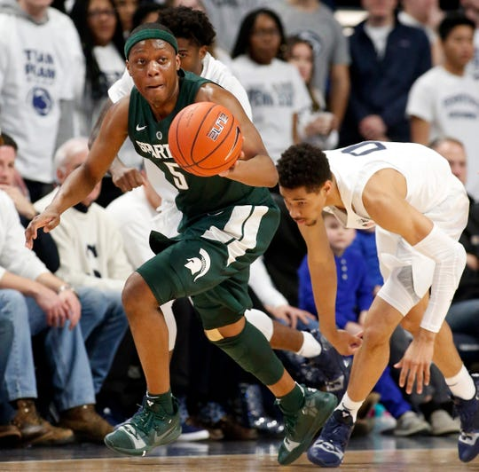Cassius Winston (5) and Michigan State remain No. 6 in this week's Associated Press Top 25.
