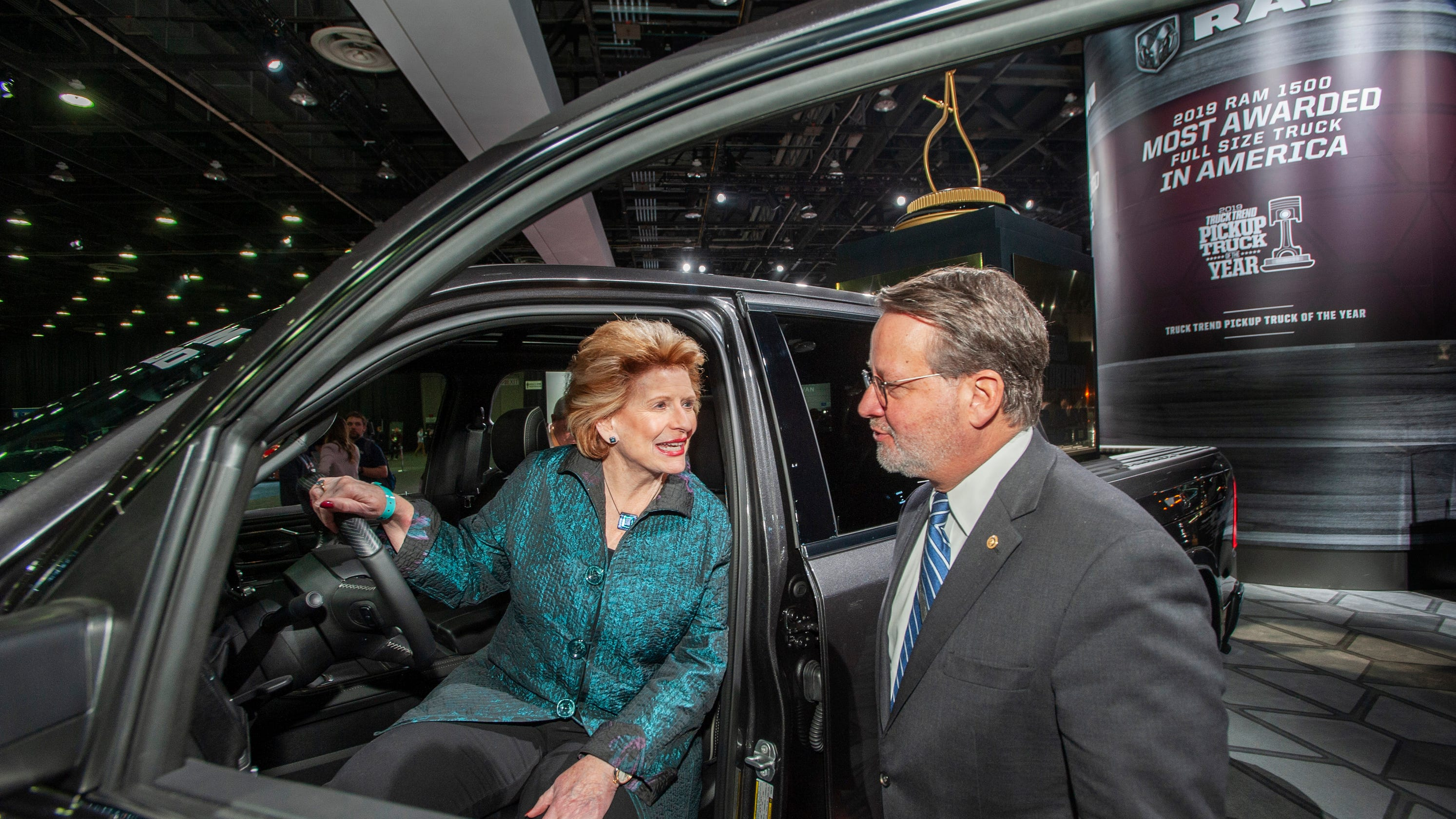 New Deal Auto >> Stabenow Peters Vote Present On Green New Deal Resolution