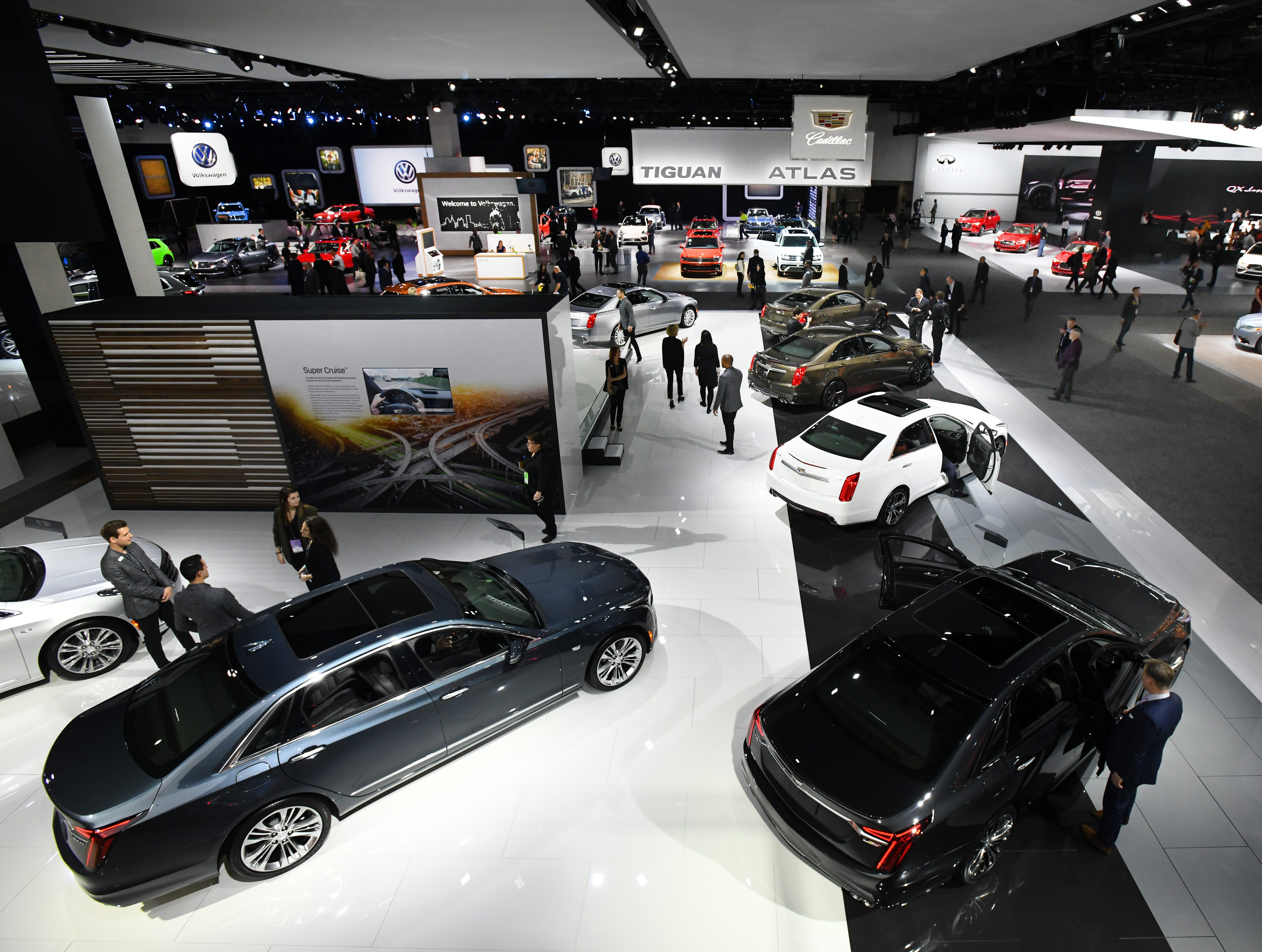 The Cadillac display area was not exactly teeming with activity on the normally frenetic media preview day at the North American International Auto Show in Detroit, Monday.