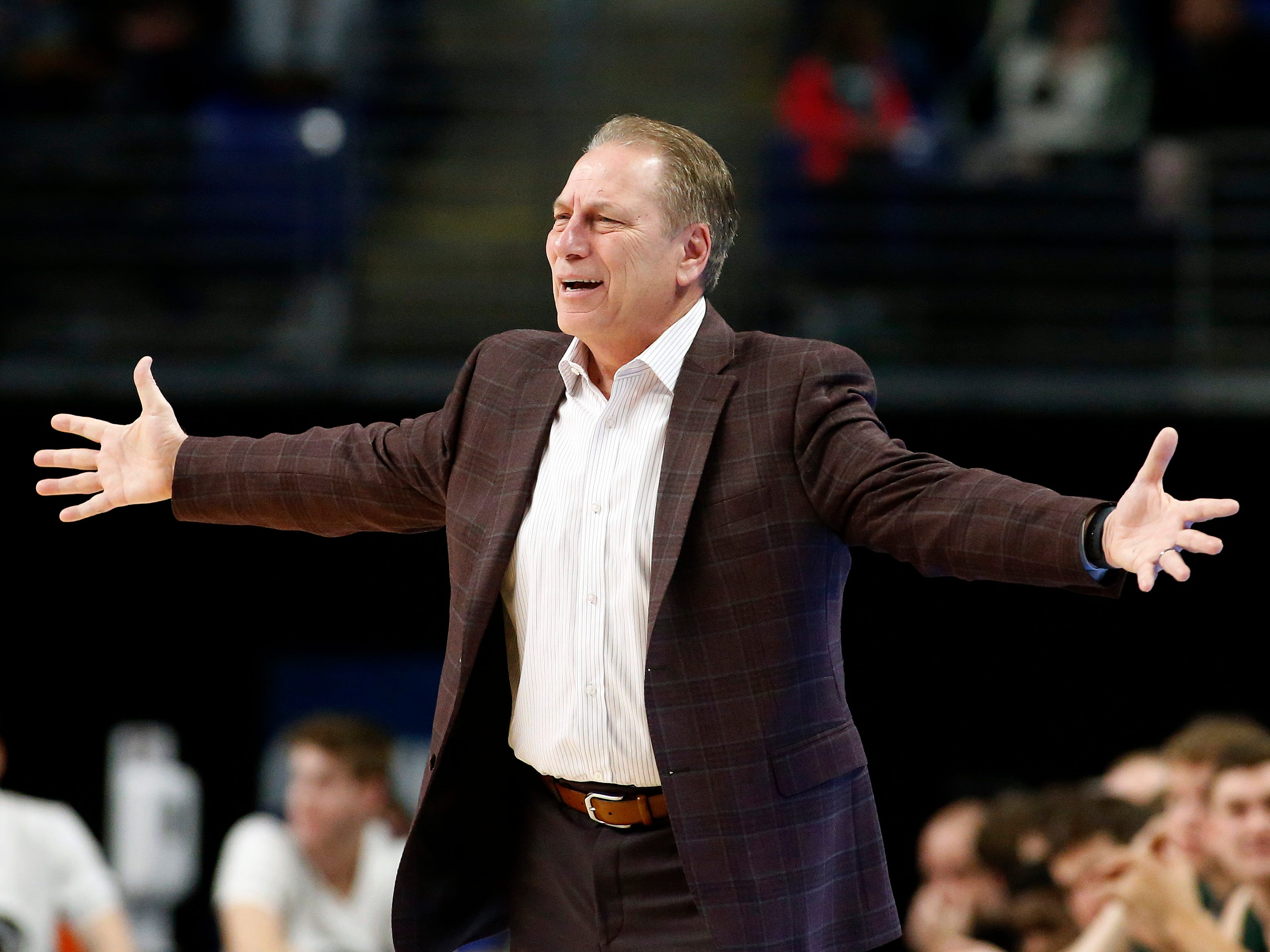 Michigan State head coach Tom Izzo argues a call against his team as they take on Penn State during first-half action.