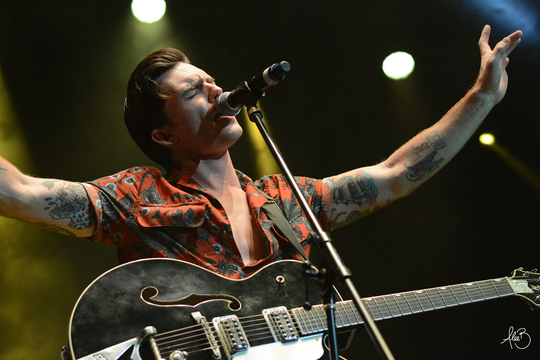 Drake Bell will play an all-acoustic set at the Blue Moose on Saturday, Jan. 19