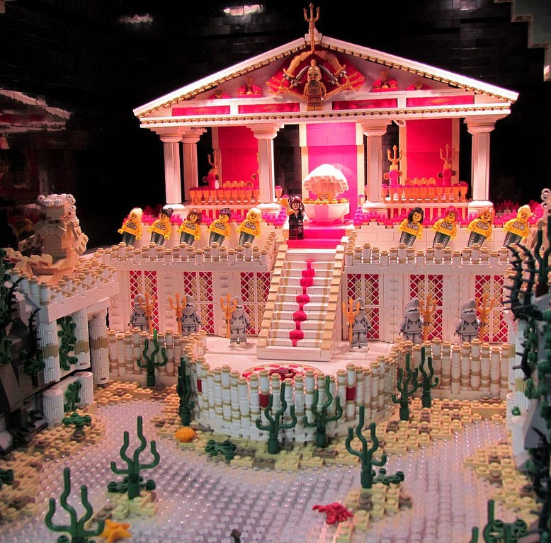 Louisville Lego lovers unite! Massive convention takes over downtown