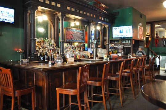 For those in search of a pub-like atmosphere, Blackhorse Pub and Brewery's for you.