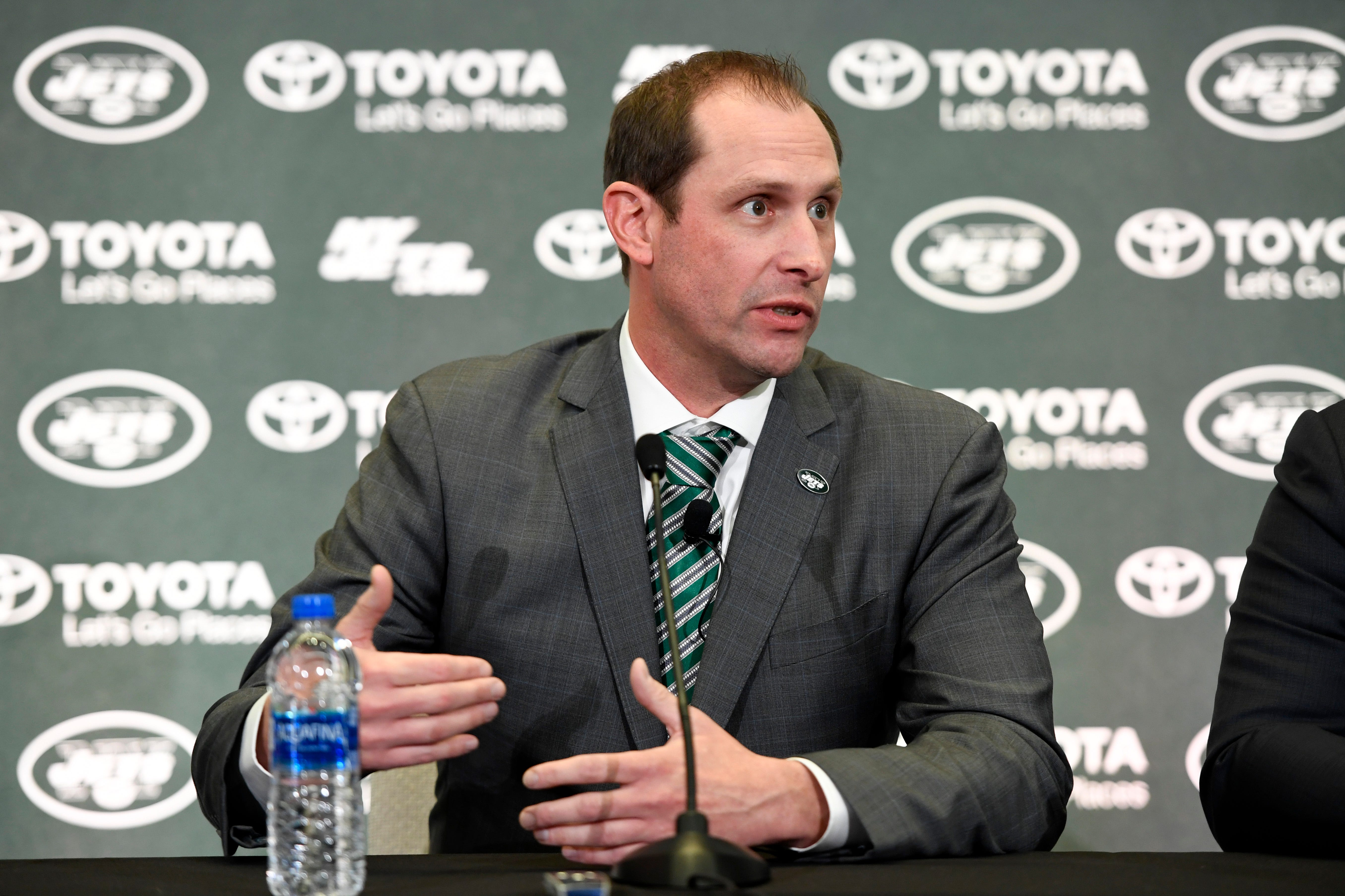 NY Jets owner defends Adam Gase hiring, 'I'm not here to win Twitter'