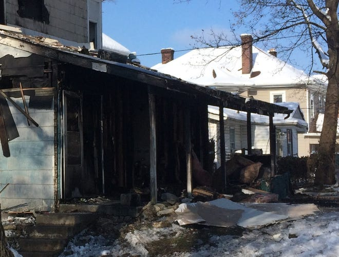 A fire Sunday afternoon began in the back porch area of a duplex in the 400 block of North 13th Street.