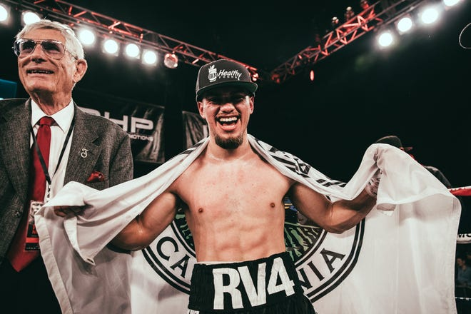 Everett Alvarez alum and featherweight champion Ruben Villa IV remained undefeated in his bout with Ruben Cervera.