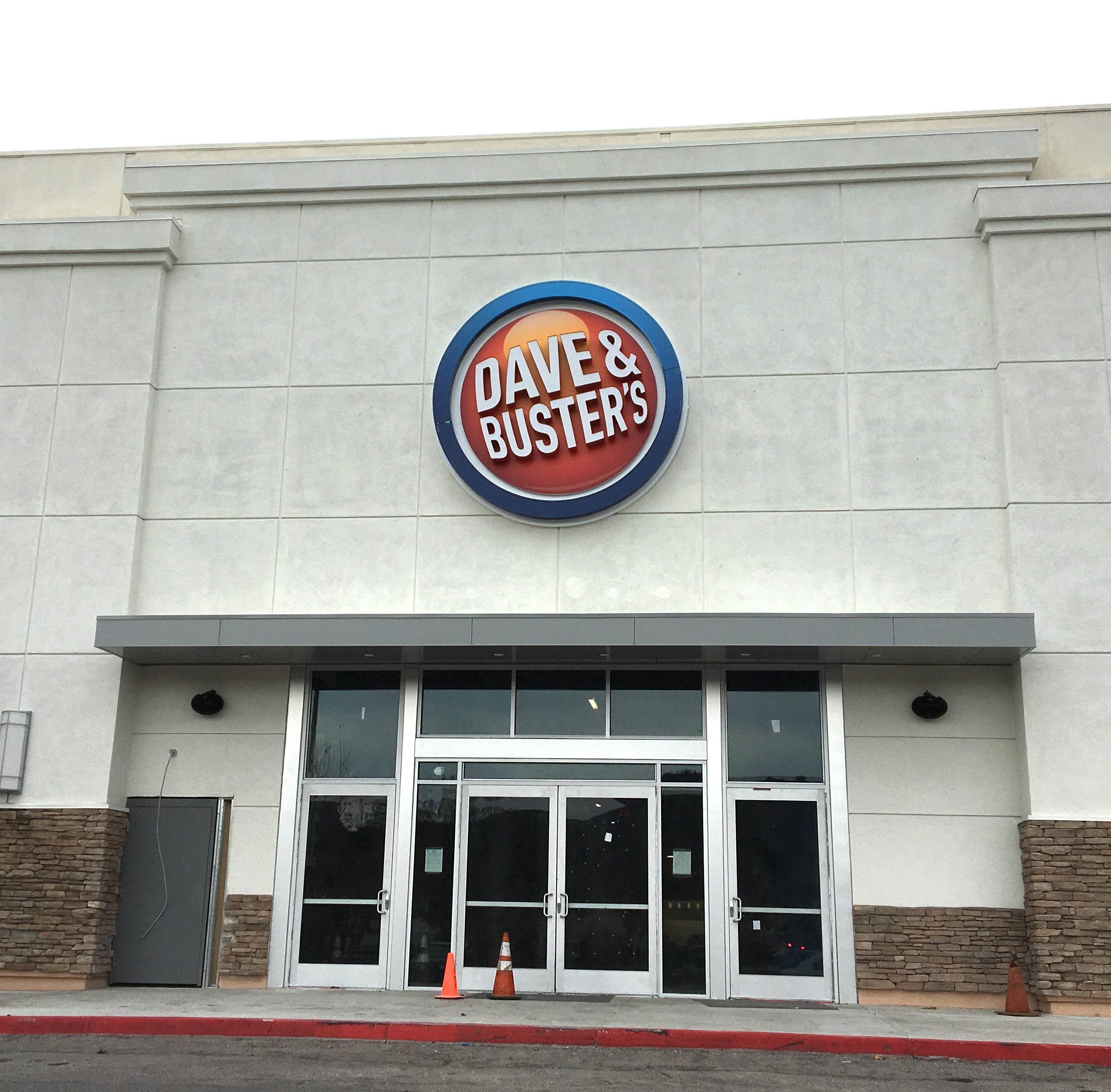 Dave & Buster's announces opening date for Thousand Oaks Iocation