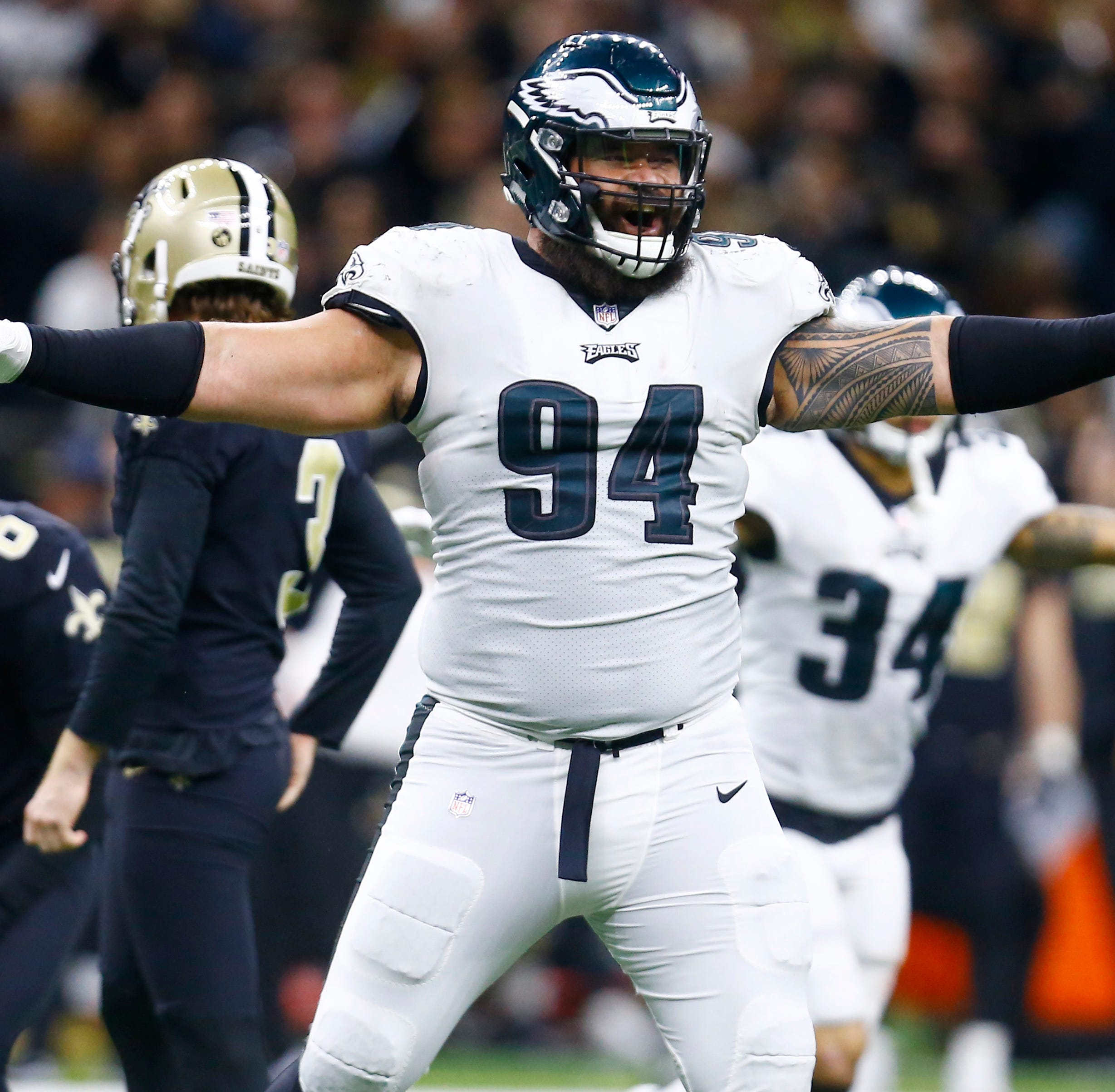 From high atop Kilimanjaro, Eagles' Haloti Ngata retires