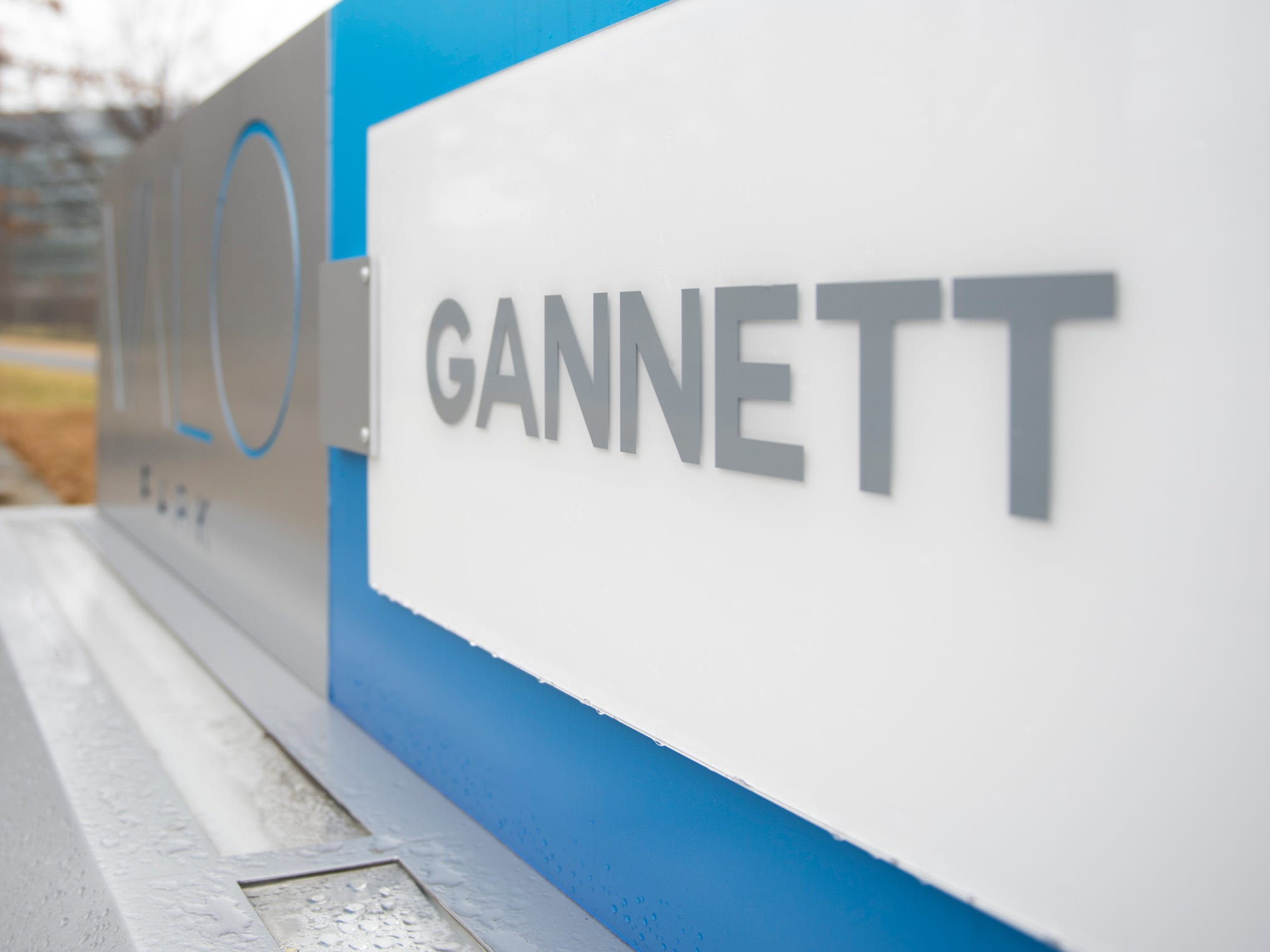 Digital First Media makes bid for USA TODAY parent Gannett