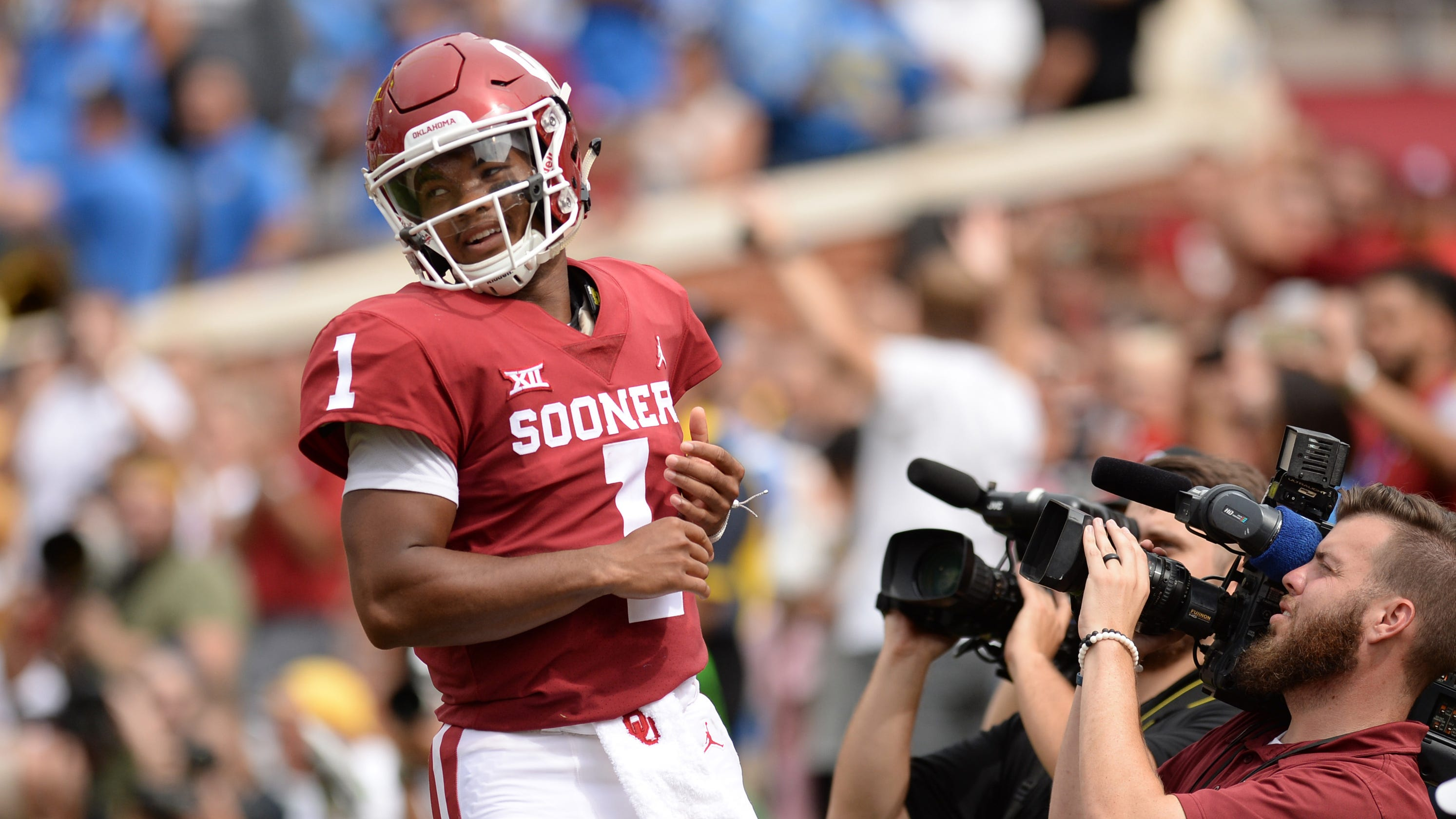 the best attitude 55b46 fcd78 Kyler Murray enter NFL Draft, affects NY Giants quarterback ...