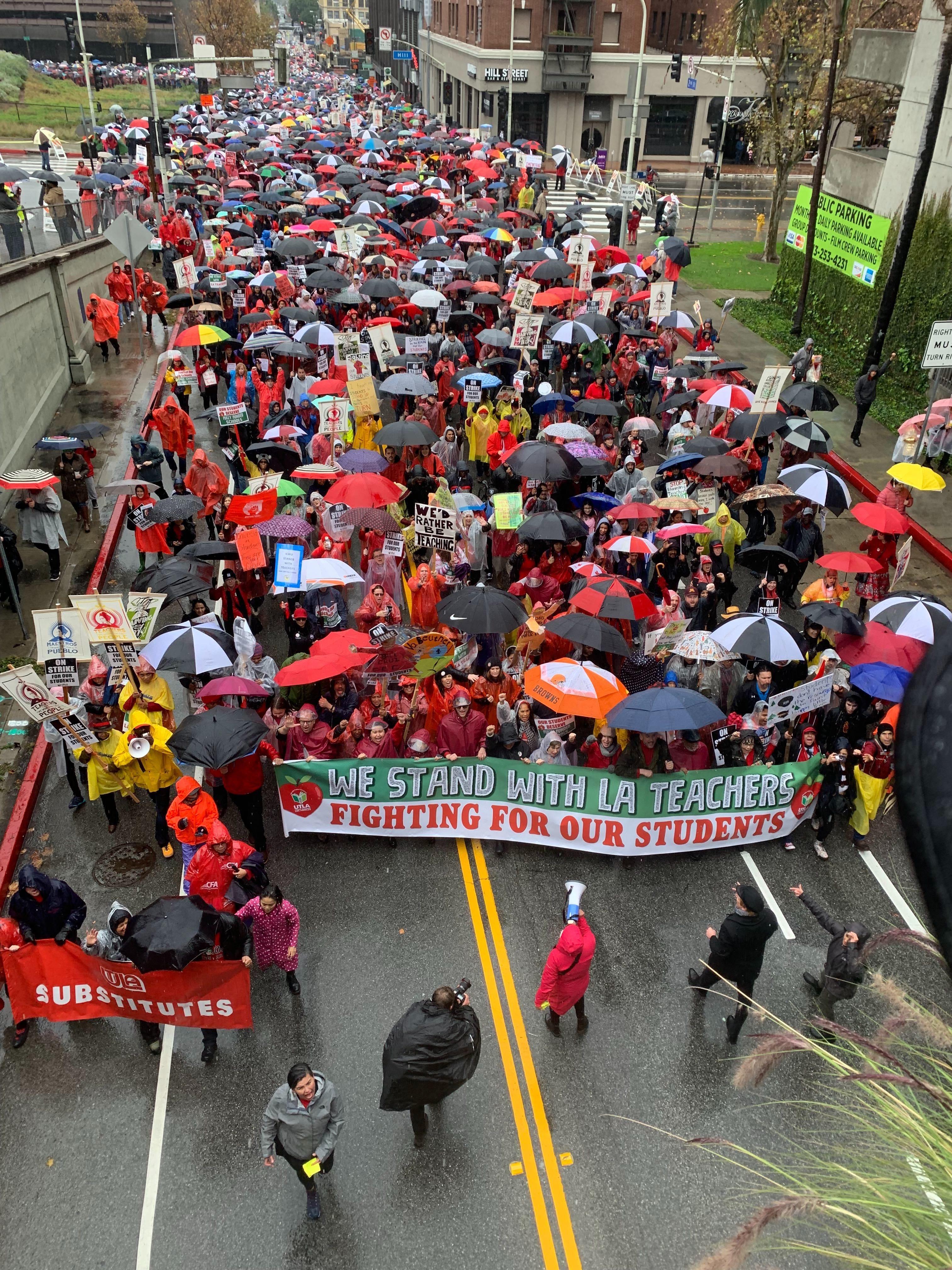 Los Angeles teachers end week-long strike after reaching 'historic agreement'