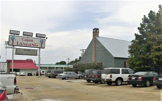 Cajun Landing restaurant in 2002.