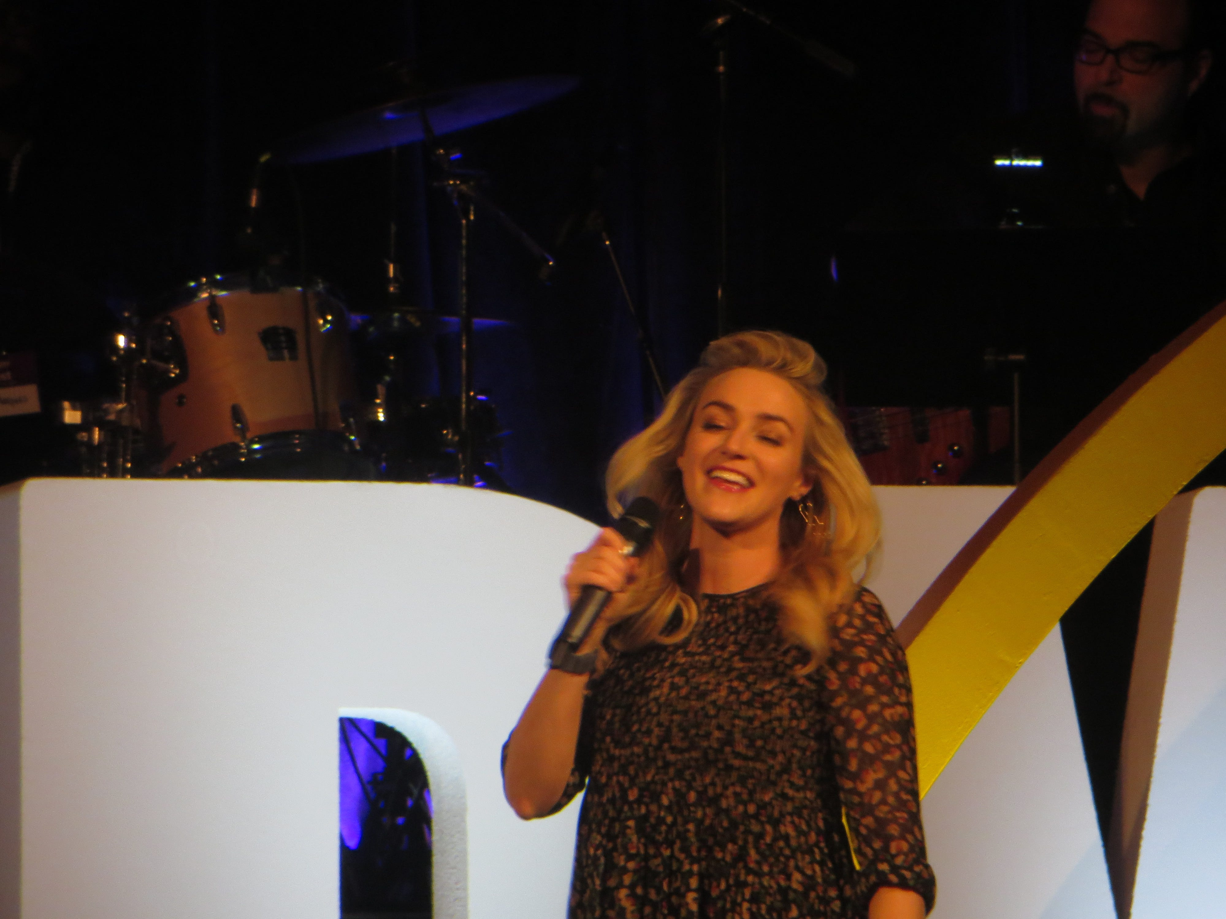 Betsy Wolfe performs at BroadwayCon Jukebox at BroadwayCon 2019, held Jan. 11 to 13, 2019, at the New York Hilton Midtown in Manhattan.