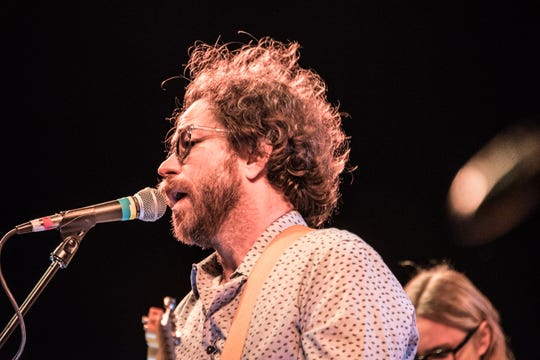 Brooklyn-based singer/songwriter Jonathan Coulton.