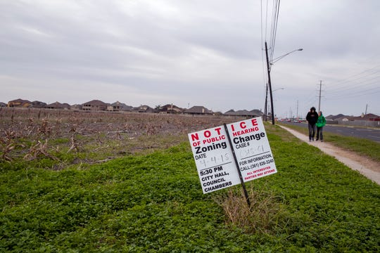 The Ariza Apartments have received permits to build a new apartment complex at Cimarron and York Crossing boulevards. The complex would be near Veterans Memorial High School.