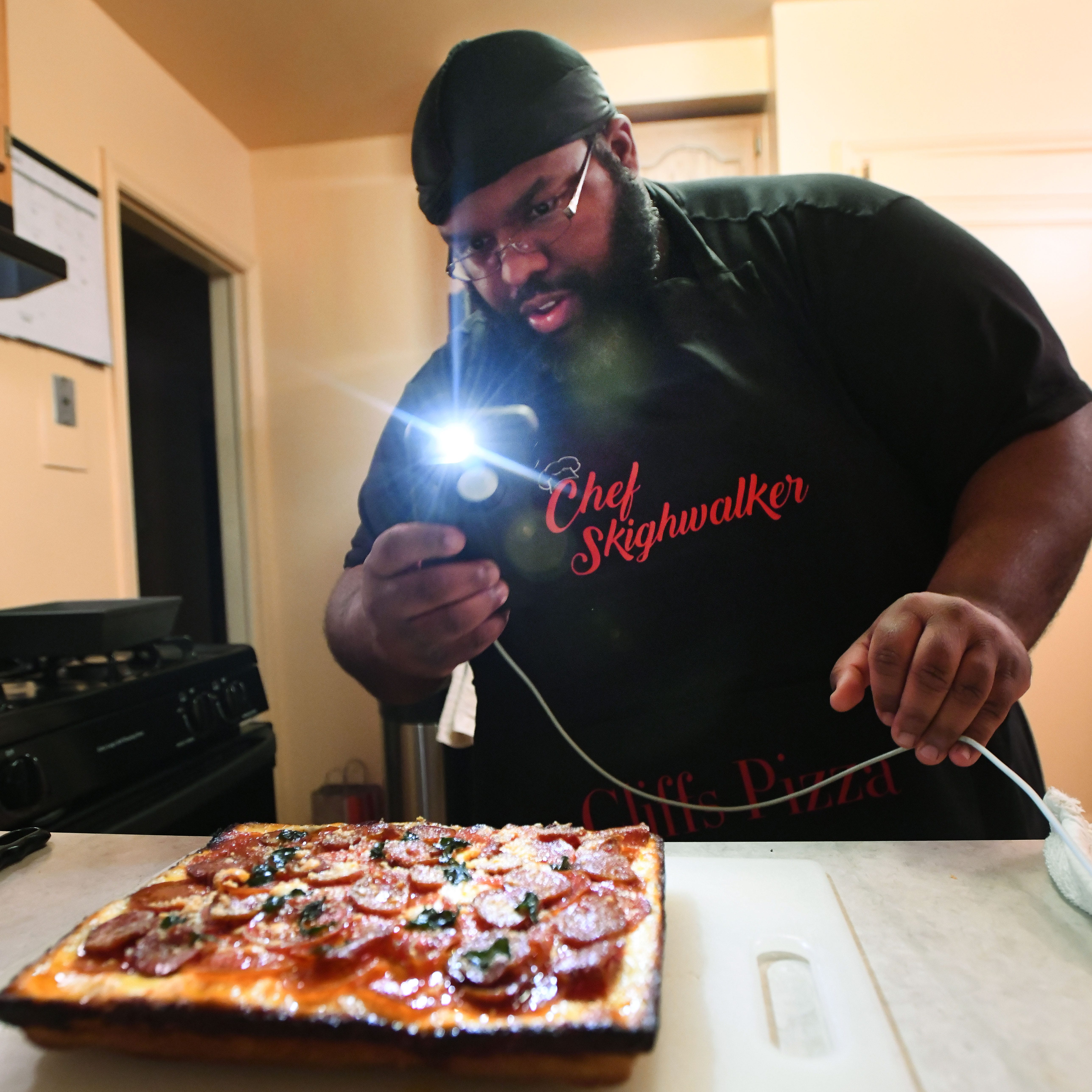 Cooking up likes: Pontiac entrepreneur's 'Instachef' celebrates DIY chefs