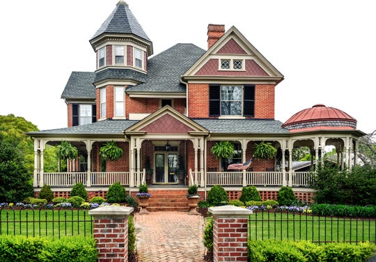 When in doubt, your best bet is to speak with a professional about renovating an older home. (Dreamstime)