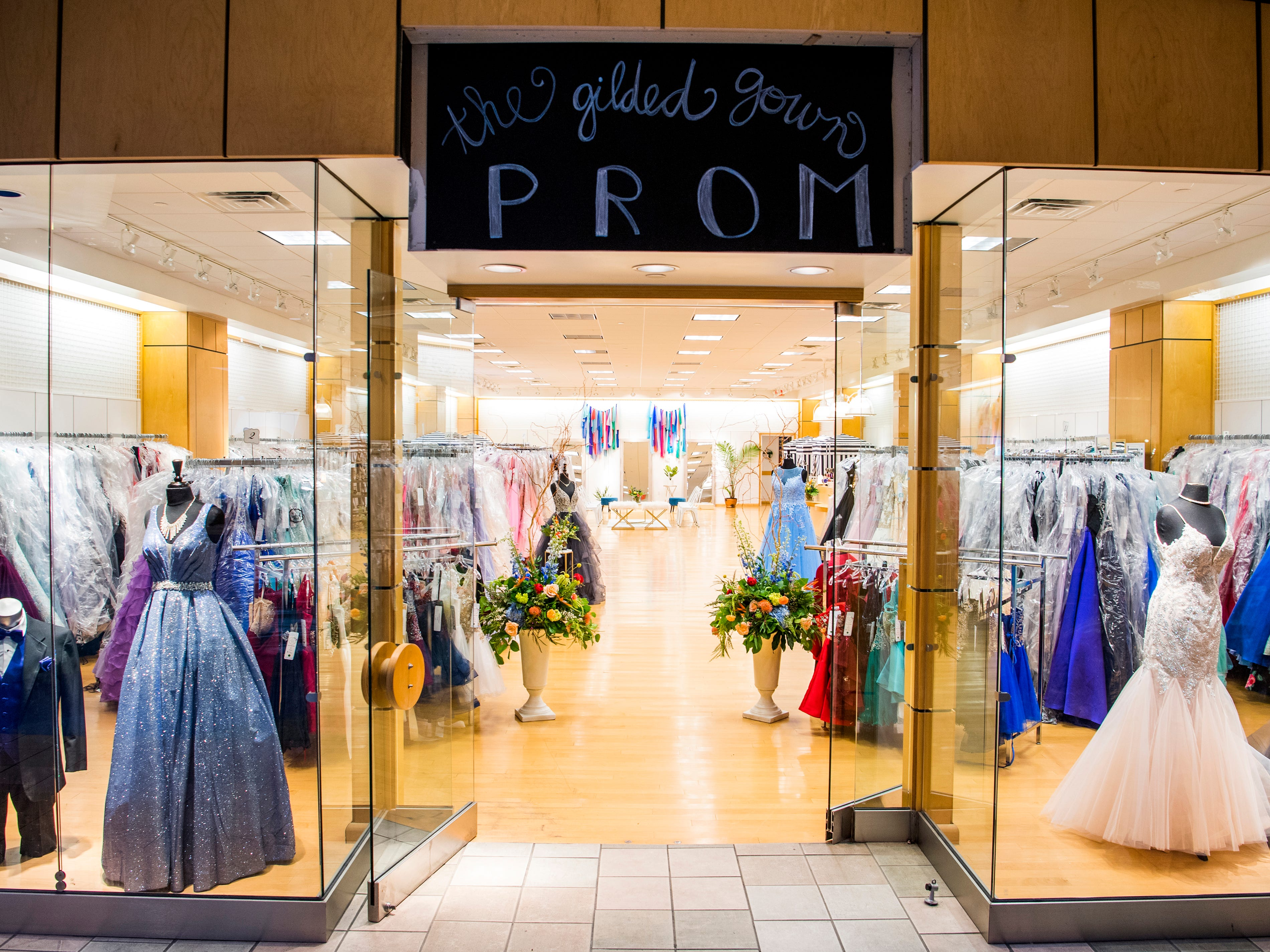 Prom 2019: Where to buy prom dresses