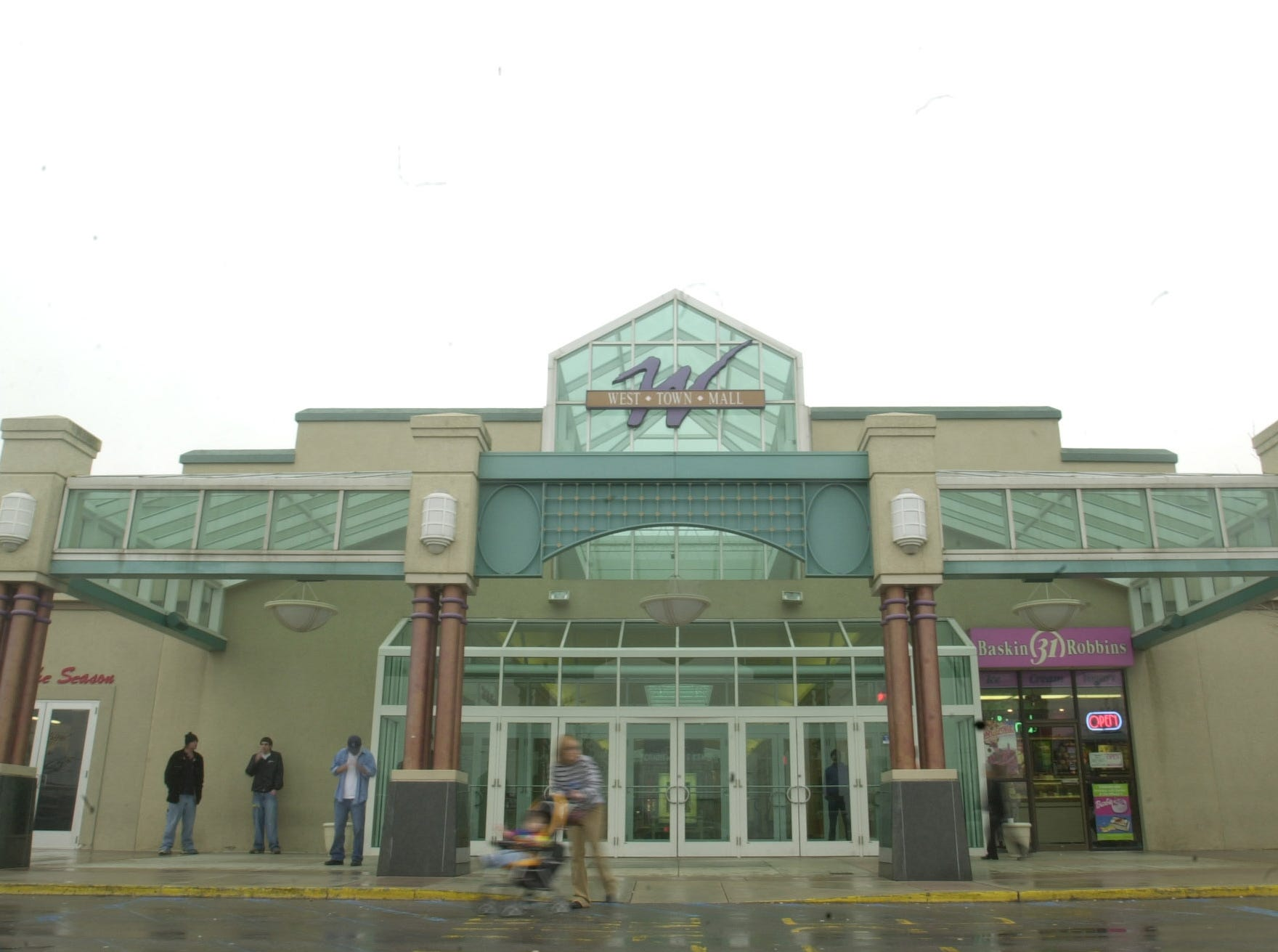 West Town Mall. 2003