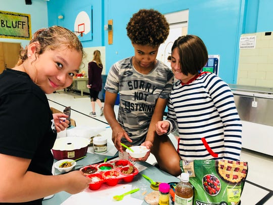 Moxie and Mynx Co. uses cooking to teach kids science and math.