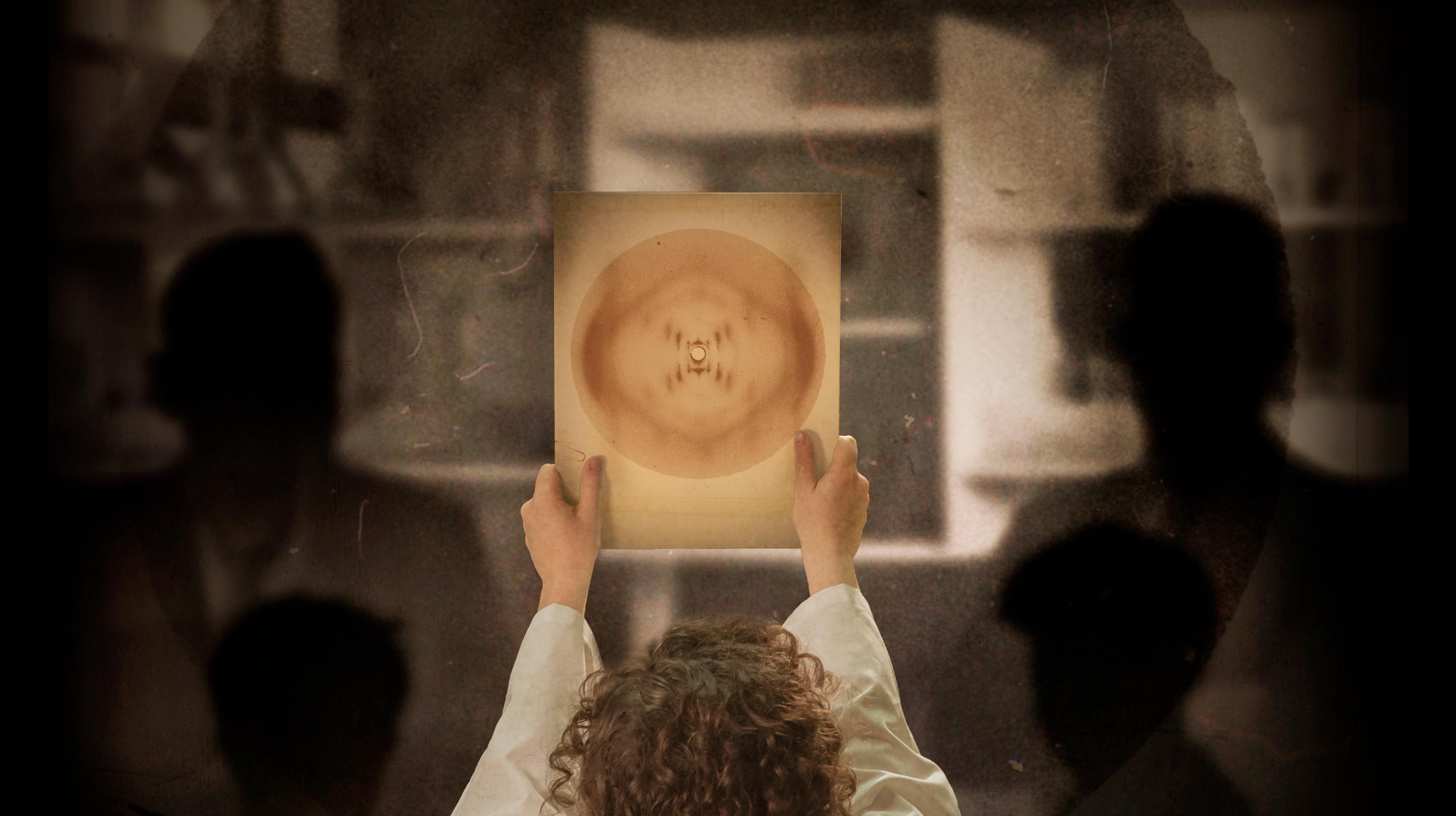 Photograph 51 Asks If Rosalind Franklin Gets Credit She Deserves
