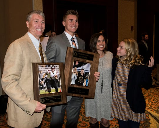 Patrick Nix and Bo Nix pose with family after Bo was announced Alabama Mr. Football during the Mr. Football awards banquet in Montgomery, Ala., on Tuesday, Jan. 15, 2019.
