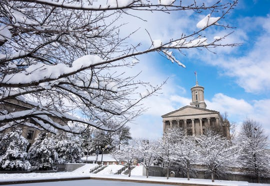 Snow blankets the State Capitol in 2016. Rain and a chance of snow is expected this Saturday and into Sunday across Middle Tennessee.