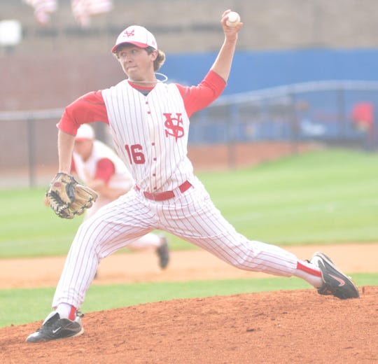 Zac Curtis pitches a game at Volunteer State Community College in 2011.