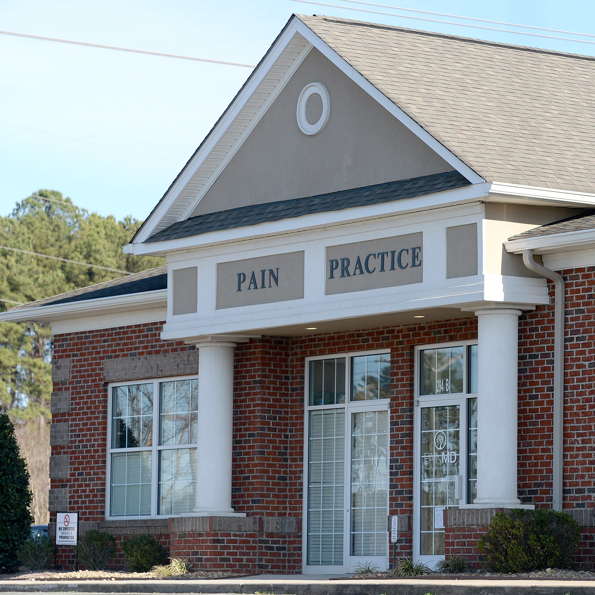 Four Tennessee pain clinics closing after arrests, fraud allegations