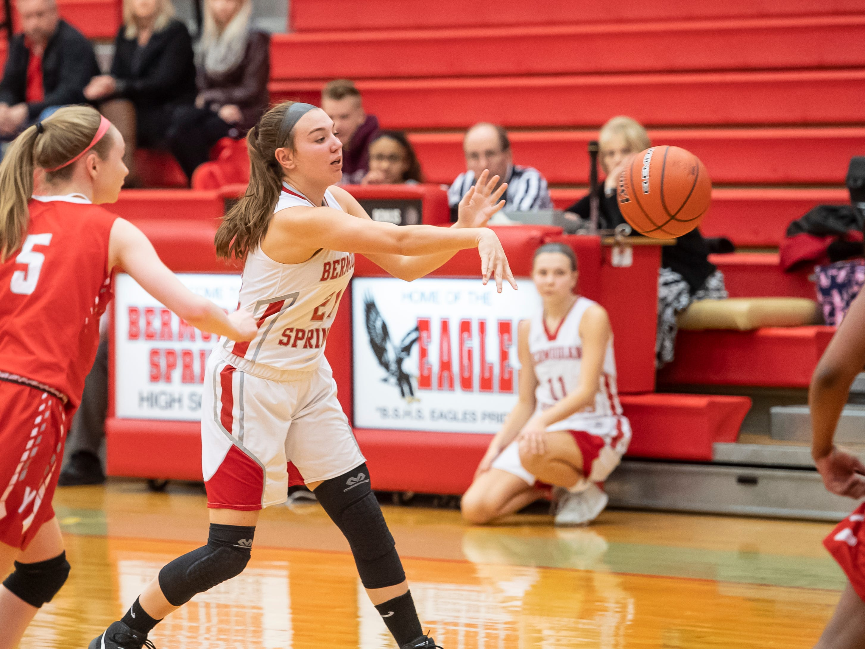 Bermudian Springs' Keri Speelman passes the ball during play against York Country Day School at Bermudian Springs High School on Monday, January 14, 2019. The Eagles won 59-20.