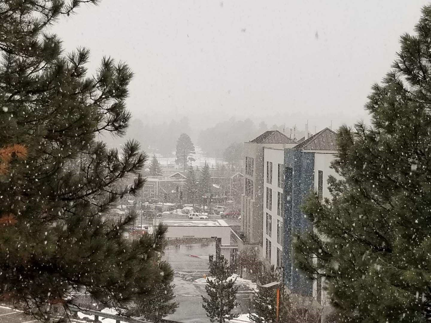 Rain and snow expected in parts of Arizona as storm rolls through