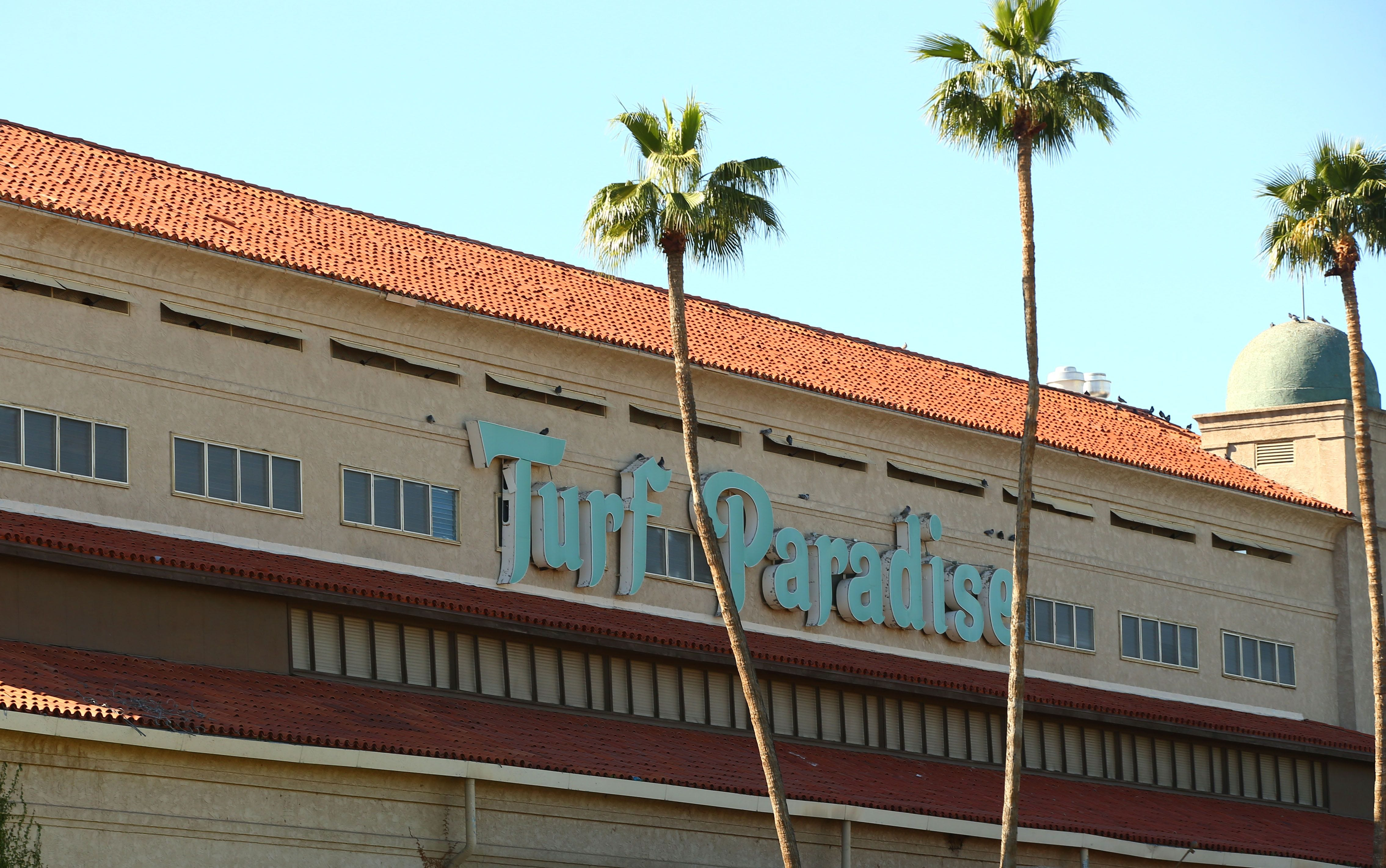Horse racing outlets accuse Turf Paradise of betting 'monopoly'