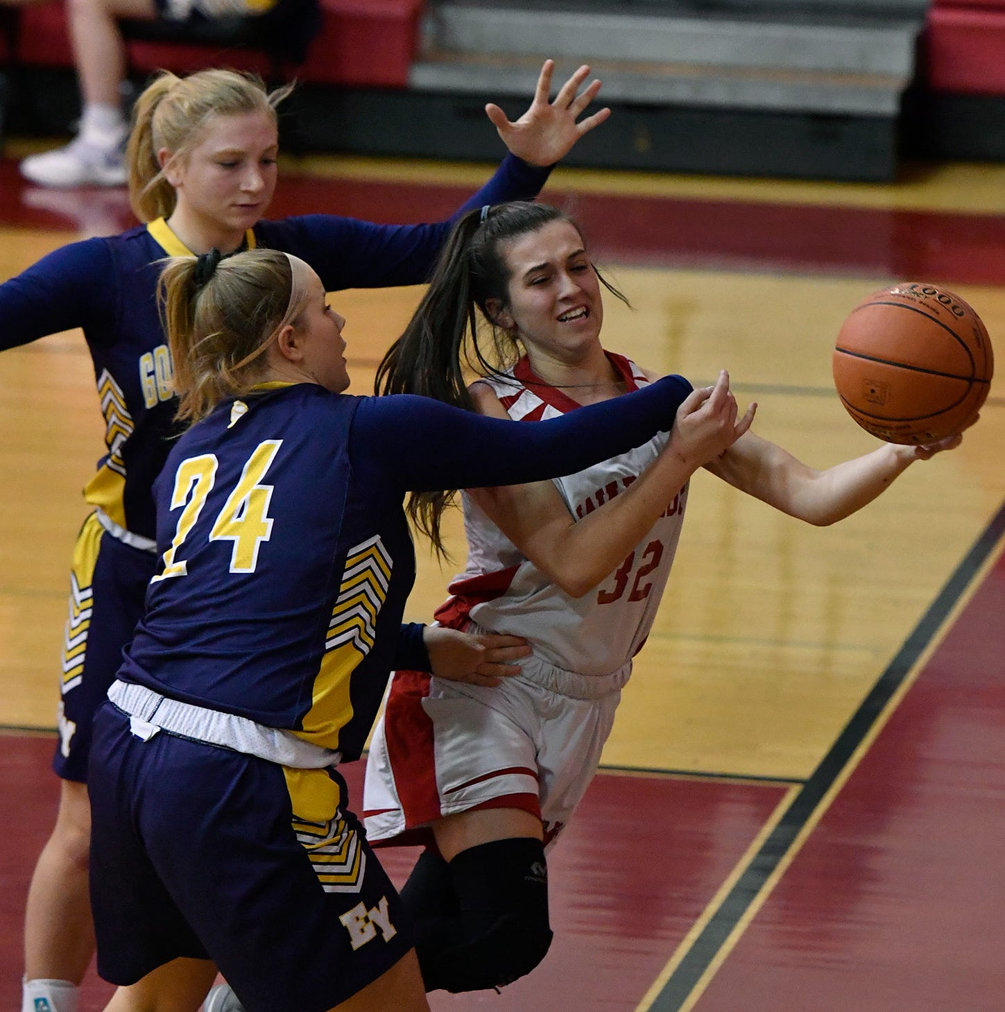 GIRLS' BASKETBALL, MONDAY, JAN. 14: Susquehannock cools off sizzling Eastern York