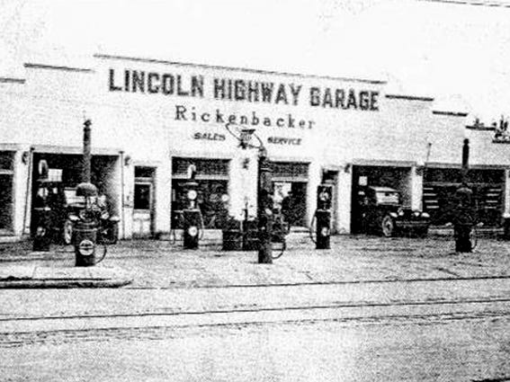 Photo of Lincoln Highway Garage in 1923.