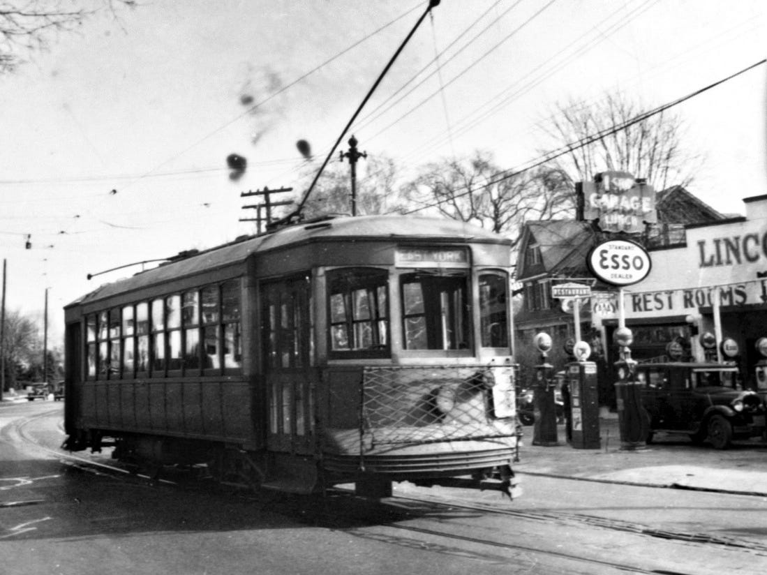 A trolly passes the Lincoln Highway Garage in1939.