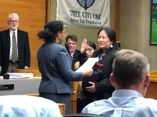 Jackie Leung is sworn in as a Salem city councilor on Monday, Jan. 14, 2019.