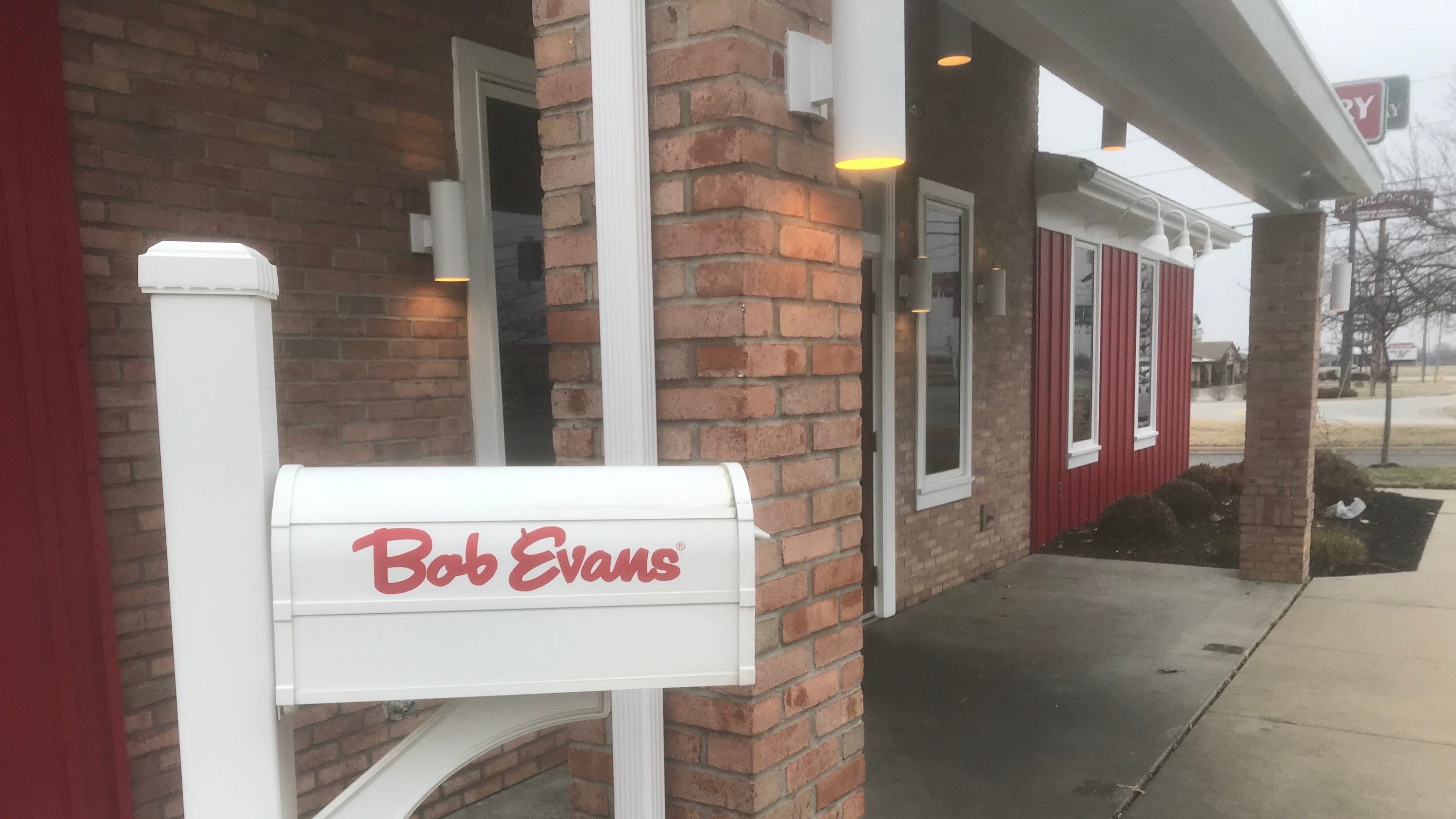 Answer Man Did You Know Bob Evans On North Glenstone Closed What About Our Gift Cards