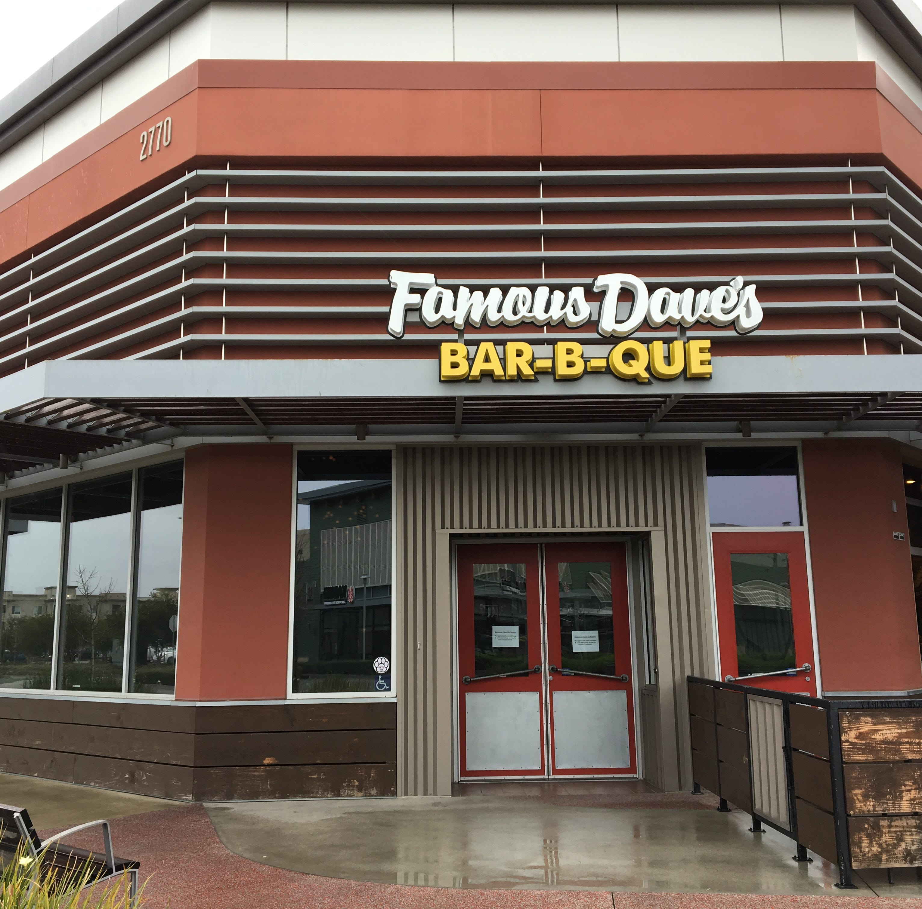 Famous Dave's closes final Ventura County location