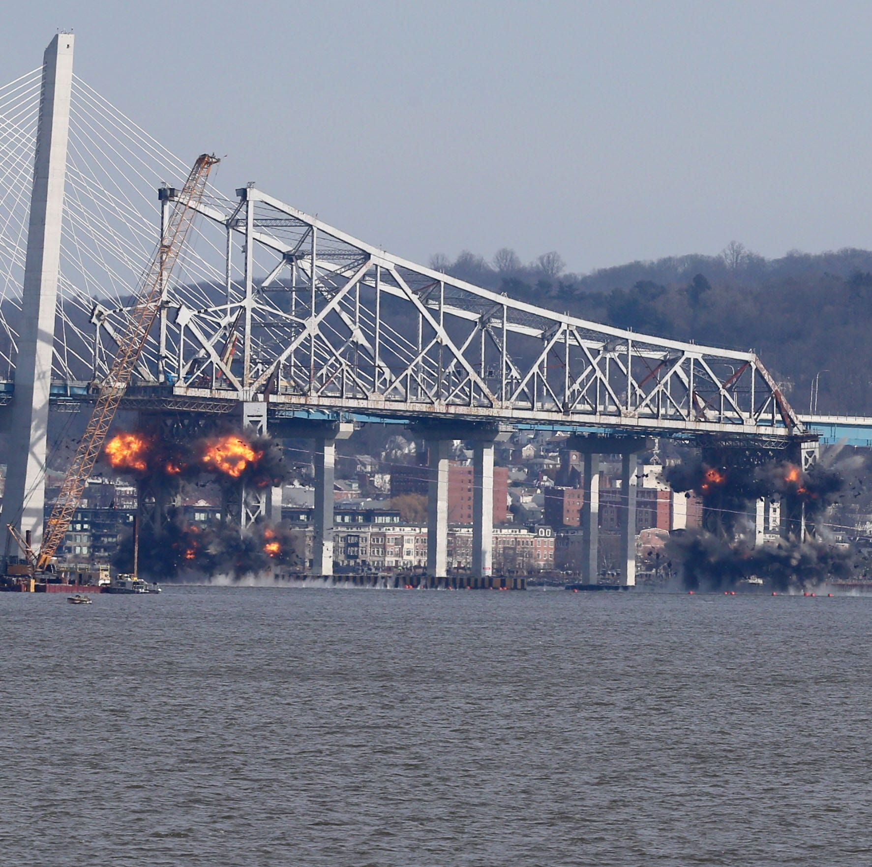 Tappan Zee Bridge fun video: See bridge go down then up then down